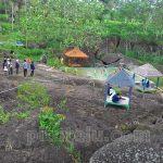 Desa Wisata Taman Rengganis, Berdiri di Atas Hamparan Batu Raksasa
