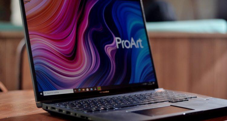 ASUS ProArt StudioBook dengan layar berstandar PANTONE